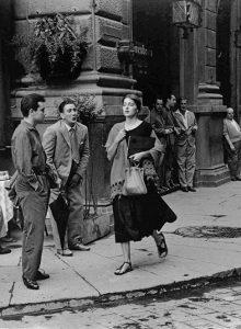 Ruth Orkin – American Girl